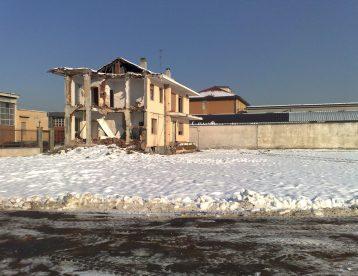 Demolizione e Preparazione area Pederzoli